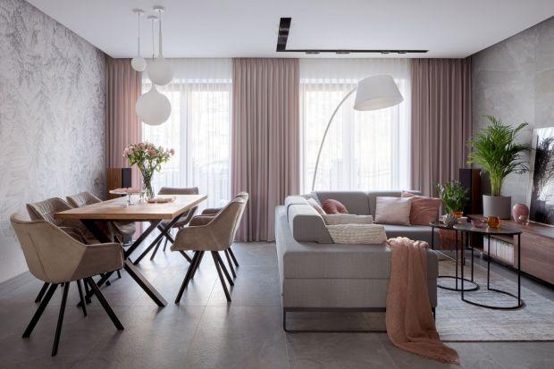 Masz plan - odświeżyć swój salon. A może kupiłeś mieszkanie i zastanawiasz się, jak urządzić pokój dzienny? Zebraliśmy sporo zdjęć aranżacji nowoczesnego i modnego salonu. Jeśli szukasz pomysłu na swoje wnętrze, koniecznie tu zajrzyj!