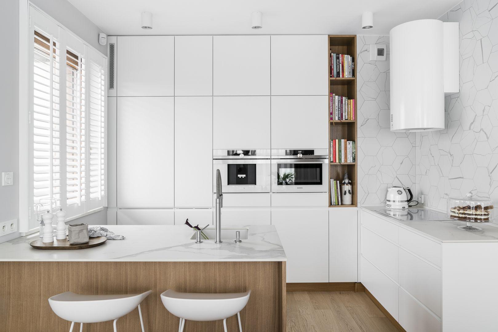 Biała kuchnia. Projekt Studio Maka