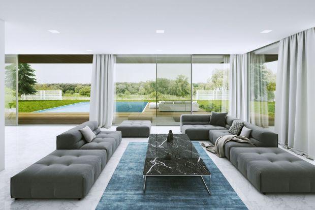 W nowoczesnym domu duże przeszklenia sprawdzą się doskonale. Zapewniają dobre doświetlenie wnętrza, optycznie je powiększają i – przede wszystkim gwarantują wspaniały widok na otoczenie domu.