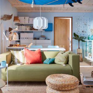 Sofa do małego salonu w jasnym zielony kolorze z kolekcji Kippan. Dostępna w ofercie IKEA. Fot. IKEA