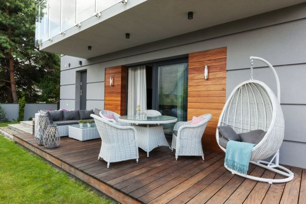Jak zaaranżować ogród, taras i balkon? Trendy tego sezonu!