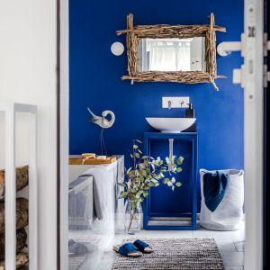 W łazience lub salonie kąpielowym, niczym w luksusowym nadmorskim kurorcie, wyczarujesz własną strefę spa. Fot. Home&You