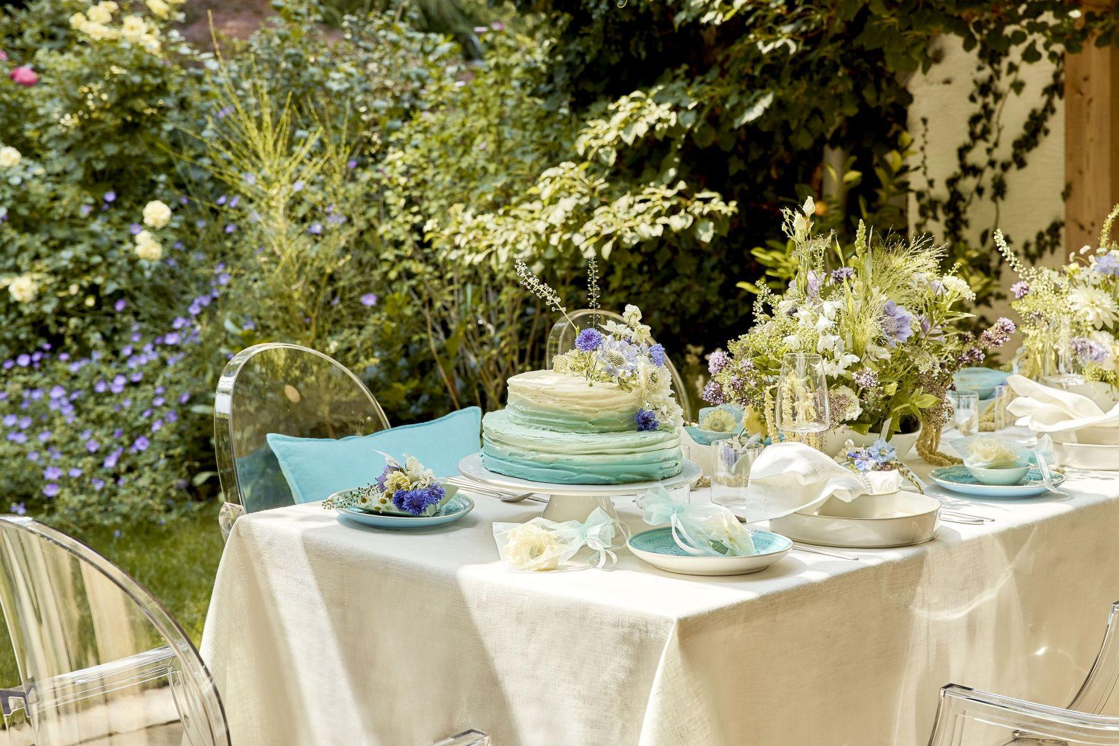 Jadalnia w ogrodzie. Fot. Westwing