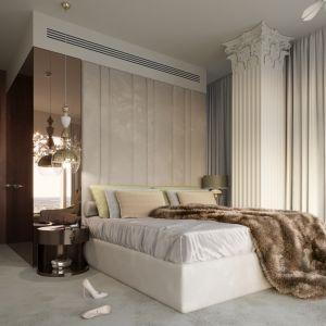 W sypialni wykorzystano głębię luster, która w połączeniu z miękkimi tkaninami, porcelanowym żyrandolem marki Lasvit, oraz skrzydlatym muralem marki Inkriosto Bianco staje się wnętrzem o wyraźnym charakterze. Projekt: Katarzyna Weremczuk, Weremczuk Design. Fot. Złota 44