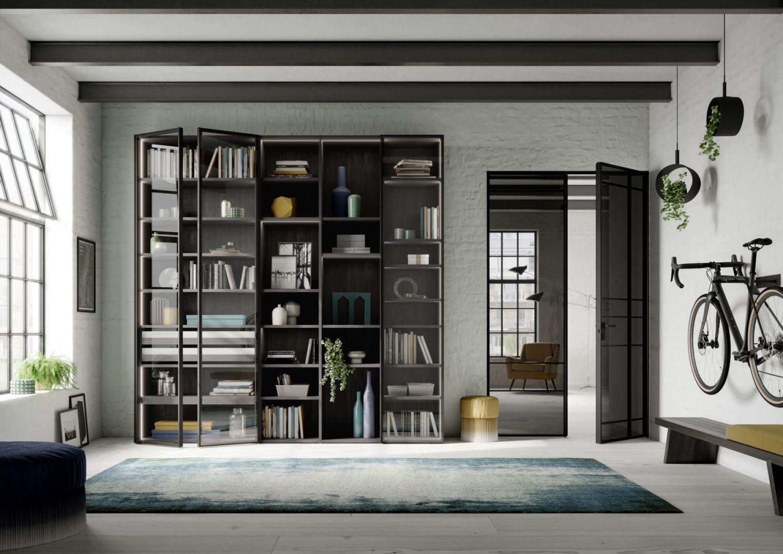 Każdy element szafy jest na zamówienie, możemy pokusić się więc nawet o wykorzystanie w całości nietypowej powierzchni. Fot. Raumplus