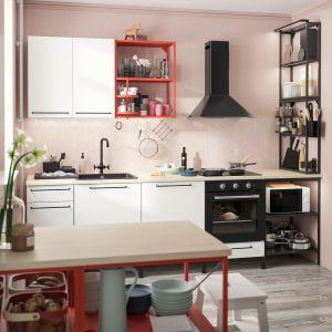 Zestaw mebli do kuchni Enhet. Dostępny w sklepie IKEA. Cena: 3.660 zł. Fot. IKEA