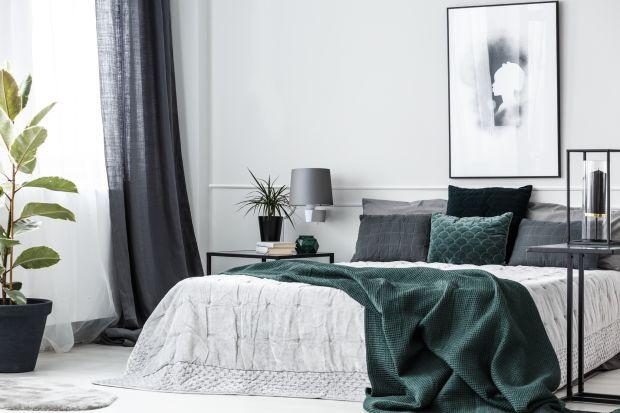 Lampkaściennato idealne rozwiązanie do sypialni. Doskonale pasują do wnętrze w każdym stylu i o każdym metrażu.Wprowadzą do sypialni przyjemny, przytulny klimat i staną się pięknym elementem dekoracyjnym.