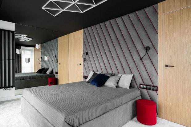 Jak wykończyć ścianę za łóżkiem w sypialni? Wybrać farbę czy drewno? Lepiej sprawdzą się jasne czy ciemne kolory ścian w sypialni? Szukasz inspiracji? Mamy dla ciebie przegląd świetnych pomysłów na wykończenie ściany za łóżkiem w sypi