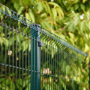 Produkt działa zabezpieczająco, chroniąc pomalowane powierzchnie przed czynnikami atmosferycznymi i mechanicznymi. Fot. Tikkurila