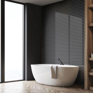 Mozaika Constellation, dopasuje się zarówno do stylów retro, rustykalnego, vintage, jak też do loftowych, boho czy eklektycznych mieszkań. Cena: 49,95 zł/cena za plater o wymiarach 290 x 300 mm. Fot. Raw Decor