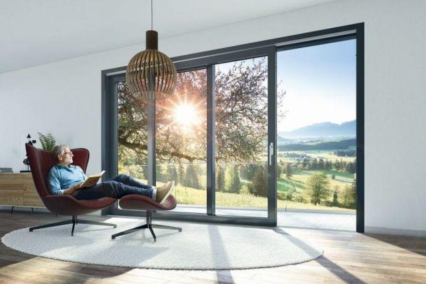 Źle dobrane okna odpowiadają za utratę nawet 40% ciepła z wnętrza. Właśnie dlatego pełnią ważną rolę w przypadku planowania domu ekologicznego. Jakie zatem okna wybrać? Podpowiadamy.<br /><br /><br />
