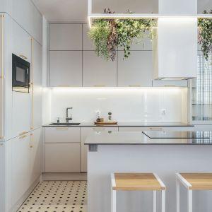 Takie standardowe rozwiązania spotykany praktycznie w każdym domu. Projekt Monika Wierzba-Krygiel. Fot. Hania Połczyńska