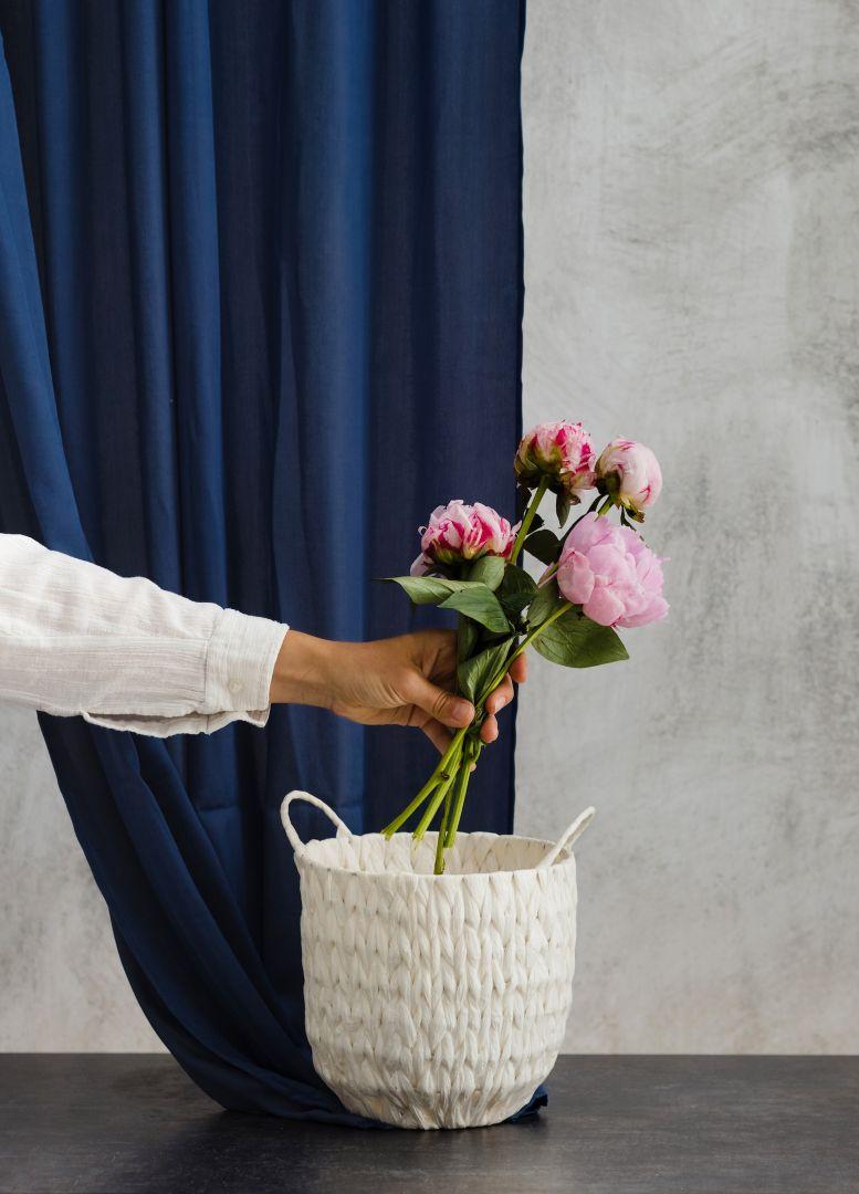Salon – wizytówka domu i wygodna przestrzeń codziennego relaksu. Fot. home&you