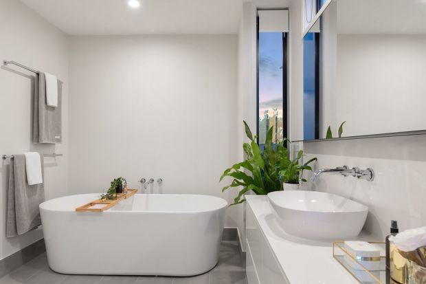 Jak sprzątać łazienkę? Jak często sprzątać łazienkę? Jakie środki wybrać? O czym pamiętać? Podpowiadamy! Sprawdź jak dobrze posprzątać łazienkę.