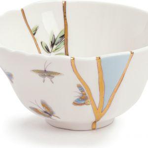 Kolekcja KINTSUGI została zainspirowane japońską techniką reperowania ceramiki, polegająca na łączeniu elementów wyrobu laką z dodatkiem złota, srebra lub platyny. 176 zł/kubek, Seletti, seletti.it
