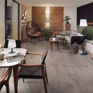 Ogrodowe lampy dodadzą balkonowi w mieście salonowego charakteru. Na zdjęciu lampy Trivet marki Paulmann. Dostępne w sklepie Ardant, fot. Ardant