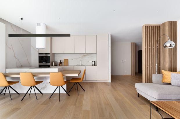 Mieszkanie o powierzchni 92 m2 znajduje się w Krakowie w ekskluzywnej dzielnicyWola Justowska. Wnętrze jest wygodne, jasne, nowoczesne, otwarte i pełnenajwyższej jakości materiałów.Architekci zadbali w nim okażdy detal.<br /><br