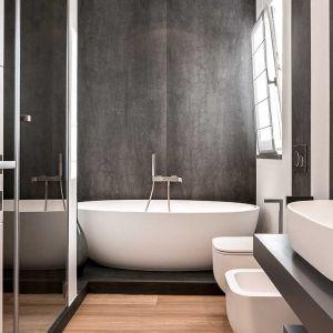 Spieki kwarcowe odnajdą się w łazience nawet na małym metrażu. Fot. mat. prasowe Laminam
