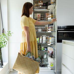 Idealny porządek w domowej spiżarni. Fot. Peka