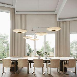 W jadalni stanął piękny, drewniany stół z kamiennym blatem (Poliform) oraz wygodne, tapicerowane krzesła marki Fendi. Projekt: Joanna Kulczyńska. Wizualizacje: Blok Studio