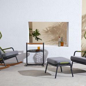 Krzesła ogrodowe Qui od MIloo Home z powodzeniem sprawdzą się również jako domowe aranżacje. Fot. Miloo Home