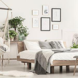 Kolor biały w sypialni. Fot. Tikurilla