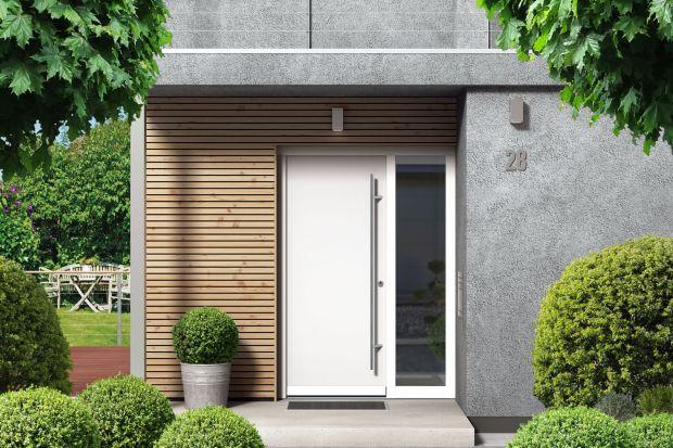 Drzwi na miarę XXI wieku są designerskie i supernowoczesne. Pomagają oszczędzać energię i ograniczać wysokość rachunków. Dbają o bezpieczeństwo i stoją na straży spokoju naszych najbliższych. Słowem: trudno o lepszego gospodarza domu.