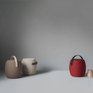 W 2020 roku, we współpracy z Jinem Kuramoto i Teruhiro Yanagiharą, czołowymi japońskimi designerami, stworzyła Maki i Osaka – unikatowe meble, łączące szwedzkie i japońskie umiłowanie minimalizmu. Fot. Flokk