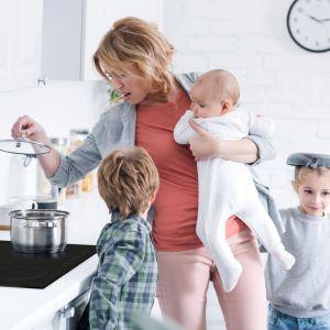 Wprowadzanie ekologicznych rozwiązań do kuchni dotyczy nie tylko minimalizowania kosztów przyrządzanych posiłków, ale także na optymalizacji samego procesu gotowania. Fot. Solgaz