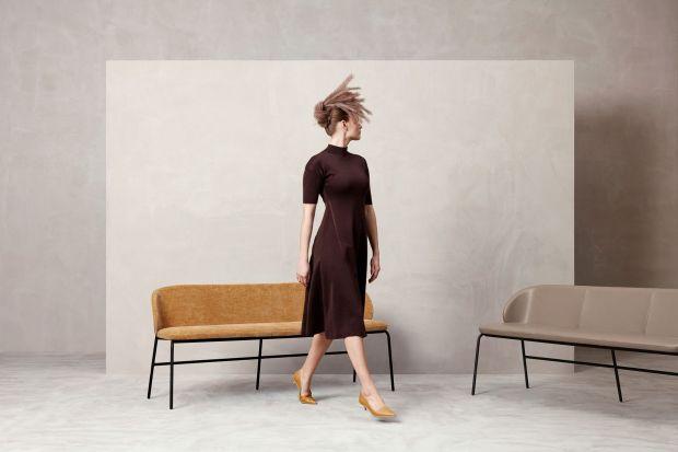 Duńska marka meblowa rozszerza swoją kultową kolekcję Princeton, wprowadzając do oferty nową ławkę i stołek barowy. Obie nowości zaprojektowane są przez utalentowanego skandynawskiego designera Mortena Georgsena, który zasłynął projektem fl