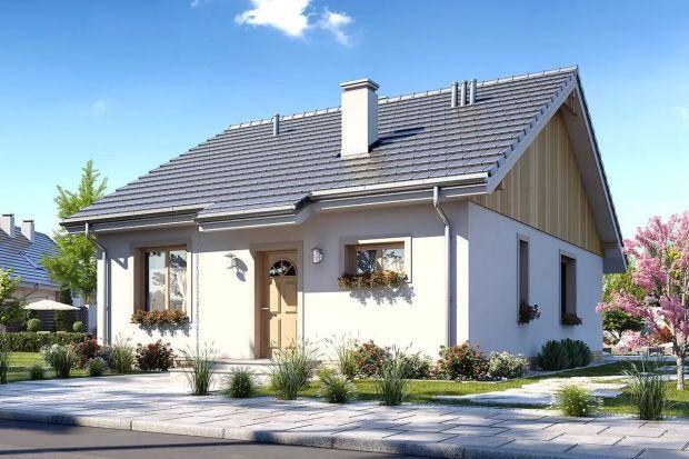 Ten dom, dzięki oszczędnej formie i swojej prostocie jest łatwy, a więc i niedrogi w budowie. Mimo małej powierzchni (70,72 m²) ma bardzo wygodne i funkcjonalne wnętrze.<br /><br />