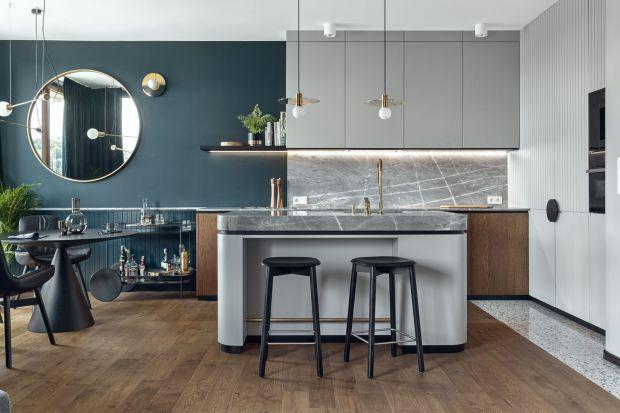 Kolor w kuchni to najlepszy sposób na wprowadzenie zmian. Czasem wystarczy tylko przemalować ścianę lub fronty starych mebli, by uczynić naszą kuchnię nie do poznania!