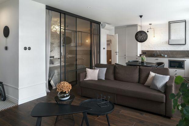 Znalezienie atrakcyjnego mieszkania stało się sporym wyzwaniem. Problemem są rosnące ceny nieruchomości i ograniczony wybór ofert. Dlatego podpowiadamy, jak poradzić sobie z na pozór nieustawnym czy też ciasnym lokum.
