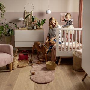 Wybierając drewnianą podłogę, warto wiedzieć, że coraz większą popularnością cieszą się deski nie lakierowane, a olejowane. Fot. Skandinavien/VOX