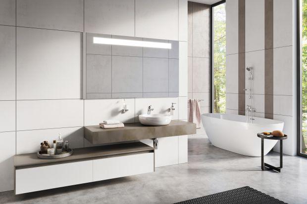"""Minimalizm unika wszelkiego nadmiaru. Klucz do budowania tego stylu nie tkwi jednak w """"małej ilości"""". Chodzi o to, by wybrać nieliczne, ale właściwe elementy. Przedstawiamy dwie odsłony łazienki z minimalistycznym stylu."""