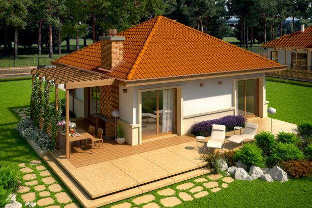 Ten dom opowierzchni użytkowej57 m2 to świetna propozycja dla pary lub małej rodziny. Pomimo małego metrażu ma wszystkie niezbędne funkcje. Zobaczcie projekt!