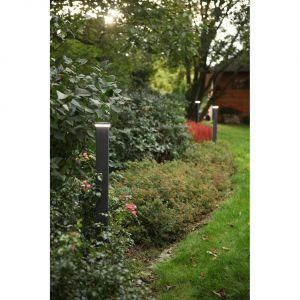 Sadzenie roślin i wysiewanie trawnika to ostatni krok w aranżacji przydomowej przestrzeni. Fot. Plast-Met Systemy Ogrodzeniowe