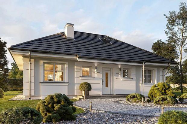 Tenprojekt to świetna propozycja dla osób, które planują budowę ładnego, stylowego i małego domu.Jest on łatwy, tani w realizacjii będzie niedrogi w późniejszej eksploatacji. Mimo niedużej powierzchni (71,18 m²) oferuje bardzo wygodny,