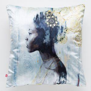 Dekoracyjna poszewka na poduszkę Womn w stylu etno. Cena: 49 zł, Home&You. Fot. Home&You