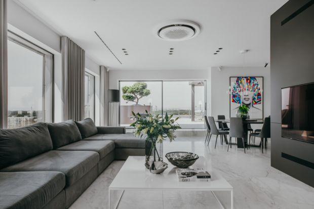 Luksusowy apartament zachwycapołączeniem funkcjonalności z nienachalną elegancją. Dopełnieniem stylowego wnętrza jest przepiękny widok na panoramę miasta oraz park katowicki.<br /><br />