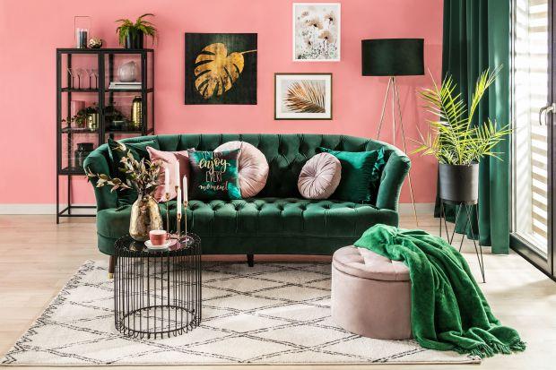 Kanapa w stylu retro czy vintage to bardzo modny pomysł do salonu 2021 i 2022. Sprawdzi się także w nowoczesnych wnętrzach! Zobacz 12 propozycji z polskich sklepów razem z cenami.