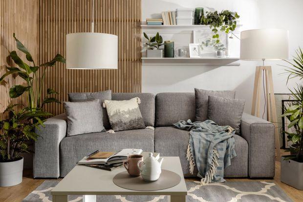 Sofa do małego salonu powinna być wygodna i estetyczna. Powinna też pasować do wielkości oraz układu wnętrza. Jaki zatem model wybrać? Mamy dla was przegląd fajnych sof i narożników do małego salonu z polskich sklepów.