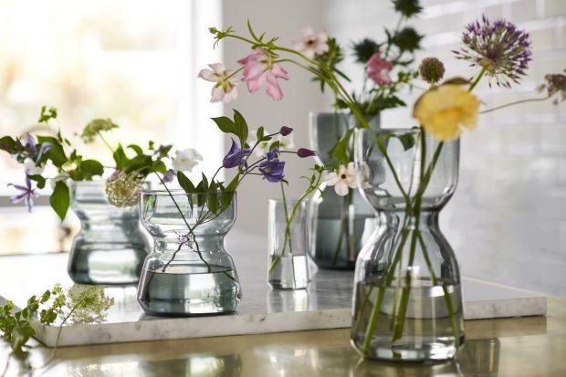 Co na kwiaty? TOP 5 pięknych wazonów z IKEA