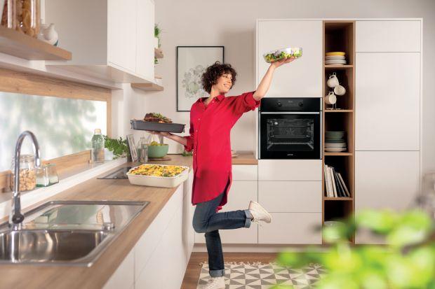 Jaki sprzęt AGD wybrać, aby idealnie pasował do stylu kuchni? O czym warto pamiętać? Co oferują producenci? Podpowiadamy.