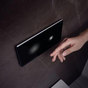 Czarne przyciski uruchamiające oferują różne odcienie i warianty powierzchni. Fot. mat. prasowe Viega