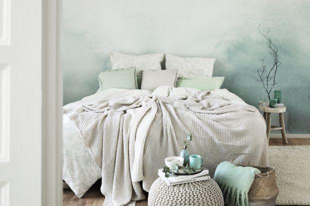 Pastelowa sypialnia: 15 pięknych wnętrz, idealne aranżacje na jesień