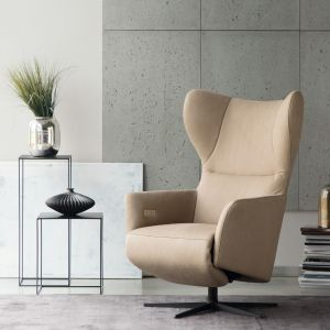 Fotel uszak Clavel, marka Livingroom. Fot. Galeria Wnętrz DOMAR/Livingroom