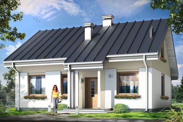 Ten niewielki dom to idealna propozycja dla 3-4 osobowej rodziny. Jest tani w budowie oraz w utrzymaniu. Na powierzchni zaledwie65,77 m² zaplanowano także bardzo wygodne wnętrze.