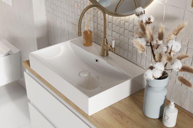 W nowoczesnym i funkcjonalnym domu łazienka coraz częściej staje się pomieszczeniem, które, tak jak każde inne, można wykorzystać jako przestrzeń do przechowywania. Wystarczy odpowiednio zaplanować i zagospodarować wnętrze, aby wydobyć z nieg