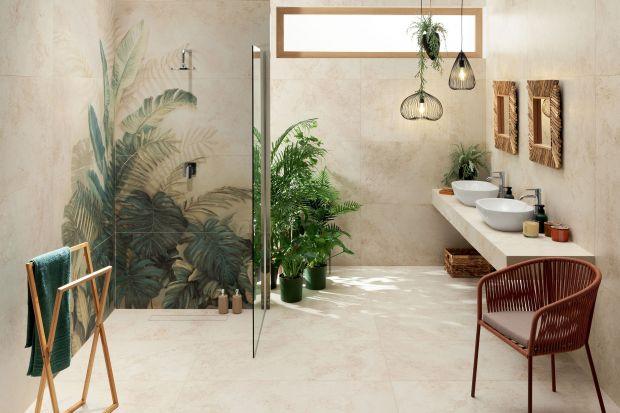 Wartość wyjątkowych kompozycji tkwi w naturalności. Nowa kolekcja płytek do łazienki to łagodne zestawienie neutralnego beżu, niewymuszonego kamiennego wzoru i roślinnego obrazu, który pomimo swojej delikatności jest centralnym punktem aranżac